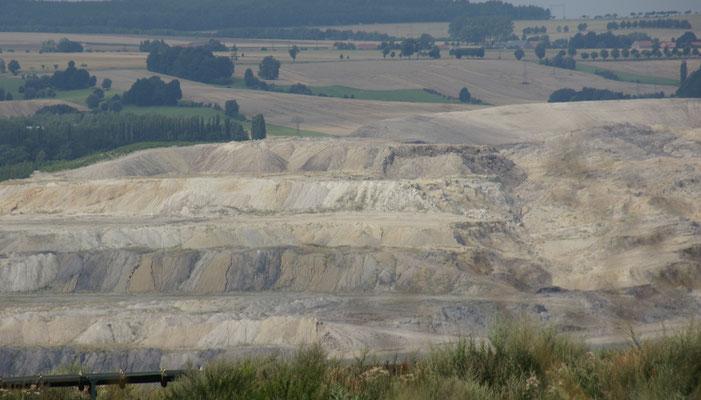 .... wir möchten einen Blick in die Steinkohleabbau Grube werfen.