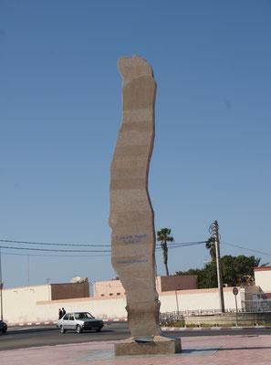 Die Statue stellt die Halbinsel Dakhla dar