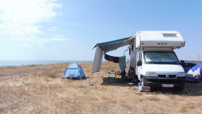 Wir sehen unseren ersten Camper seit Rumänien. Leider sind die Bewohner nicht Zuhause
