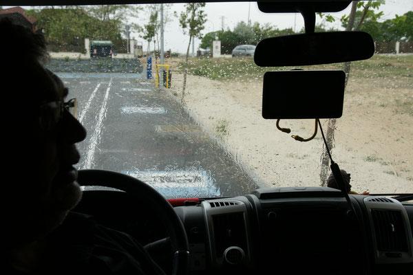 Warten bis der Regen nachlässt