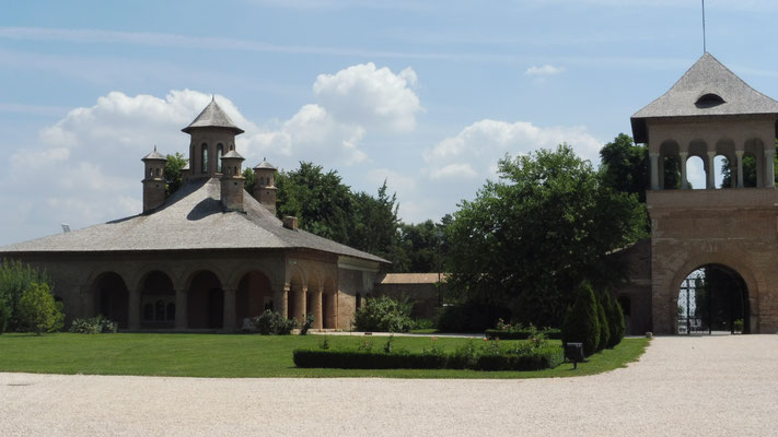 Ein Nebengegebäude des Palastes