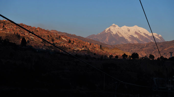 Wir sehen nochmal den Hausberg von La Paz, bevor die Sonne untergeht.
