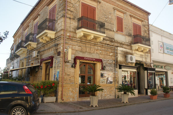 Einige schöne Gebäude in Bovalino