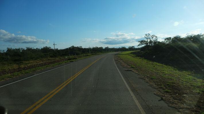 Die Ruta 9 auf den letzten Kilometern bis zur Grenze.