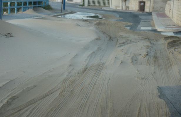....herrscht ein Sandsturm. Ein bisschen Sahara in Sizilien