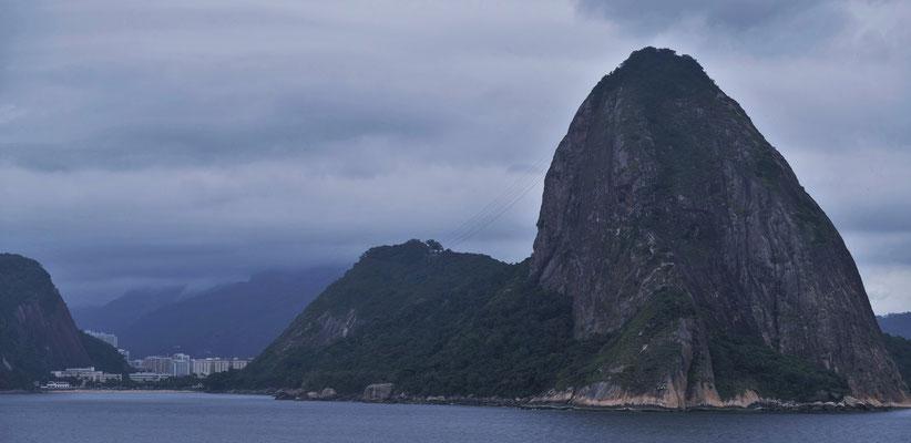 tschüss Zuckerhut und tschüss Rio, wir kommen wieder bei besserem Wetter