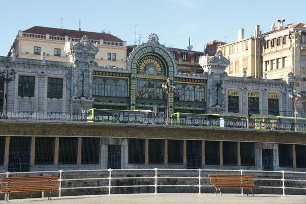 Der Bahnhof für Richtung Santander