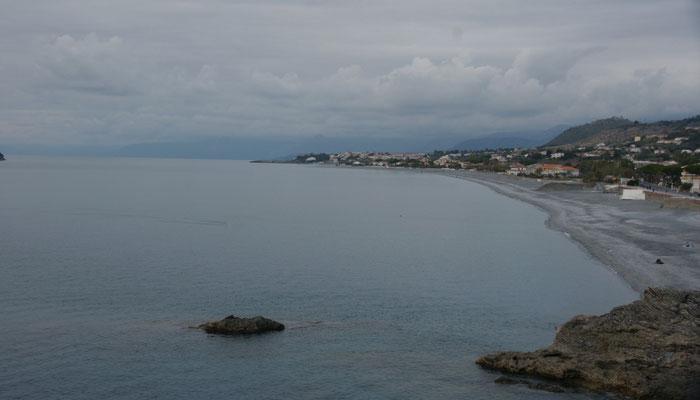 Blick von der Ortschaft Diamante auf unseren Strand.
