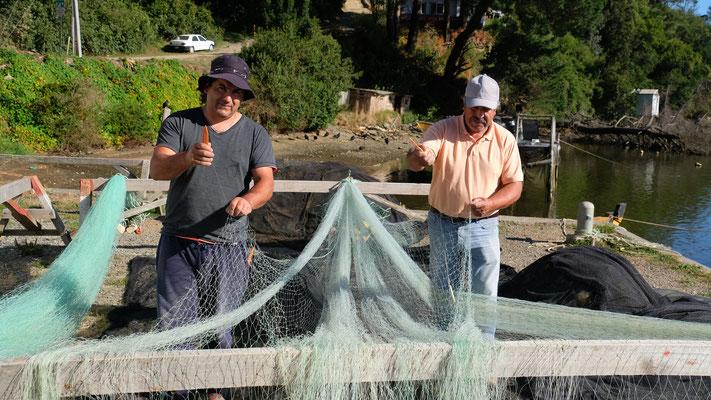 Die freundlichen Fischer bei ihrer Arbeit.
