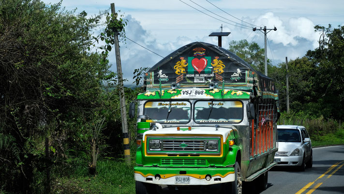 """Nebst ganz """" normalen"""" Bussen, gibt es noch die schönen Nostalgischen."""