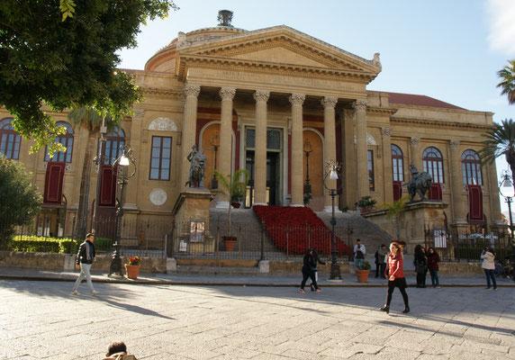 Das Theatro Massimo in Palermo