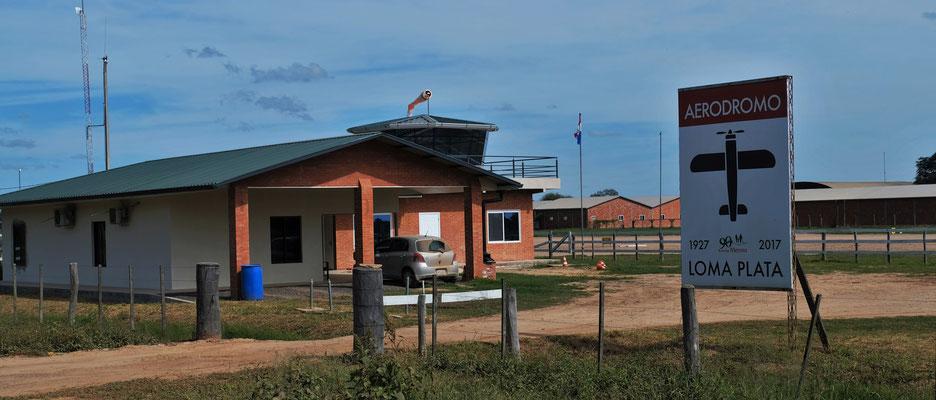 Der Flughafen von Loma Plata
