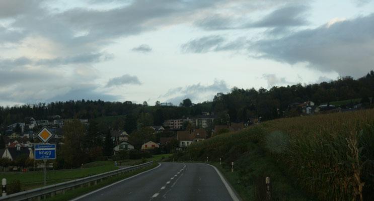 In Sarmenstorf reisst die Wolkendecke kurzzeitig auf.