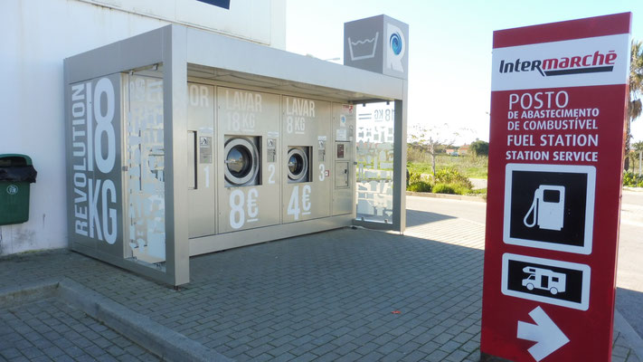 Die Waschmaschinen beim Intermarche