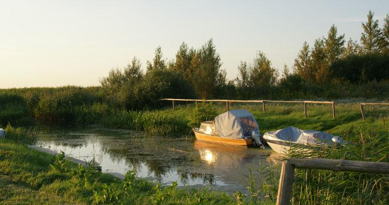 So ein Boot wäre auch nicht schlecht für auf den See