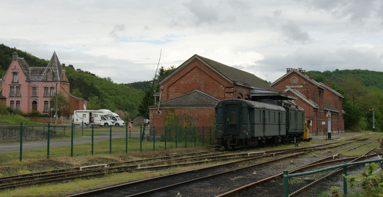 Stellplatz beim Eisenbahnmuseum in Treignes