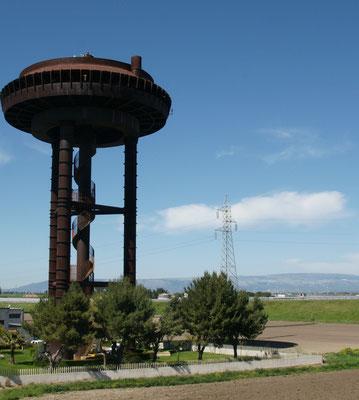 Einen solch seltsamen Turm haben wir nochmals gesehen