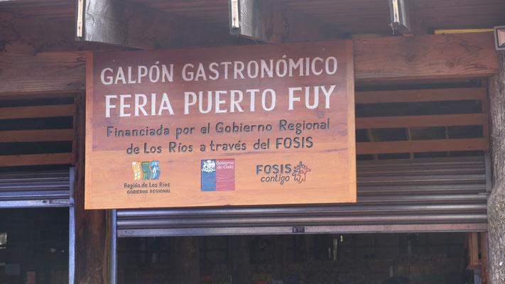 In Puerto- Fuy herrscht Festbetrieb