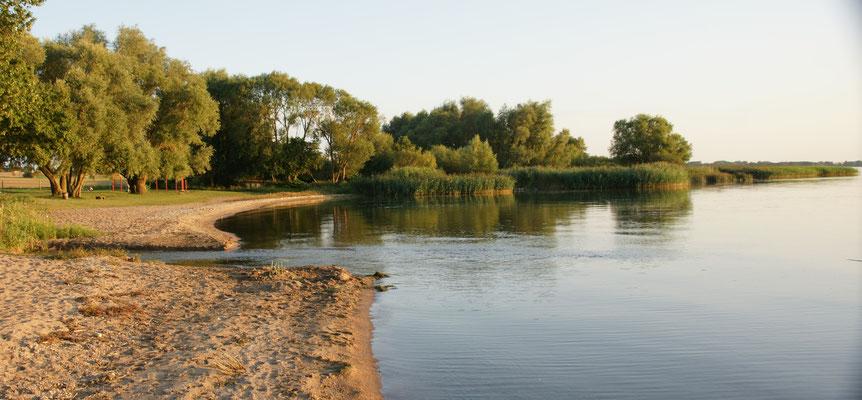 Der kleine Strand am Kummerowersee