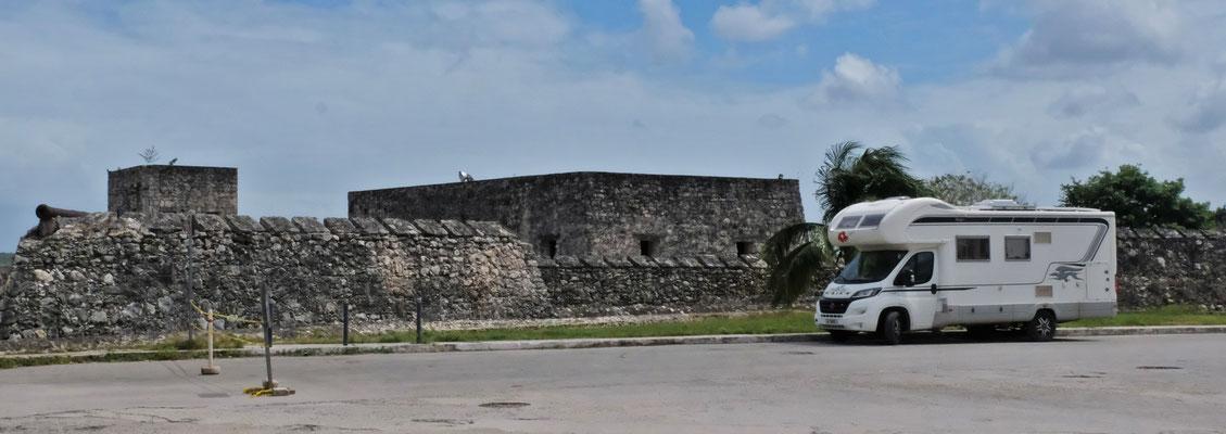 Die Festung......
