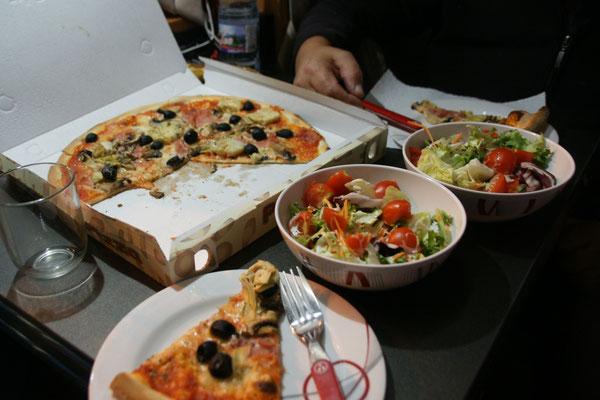 Alois ist der Pizzabote