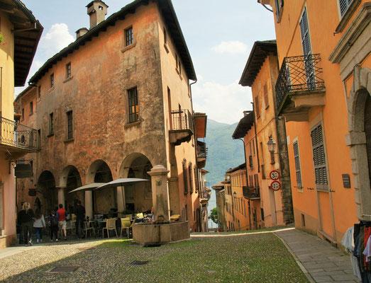 Es geht rauf und runter in Cannobio am Lago Maggiore