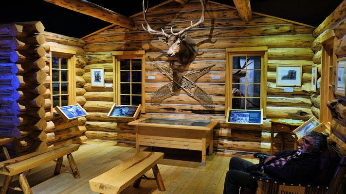 ...und Alois der sich in der Jagdhütte des Buffalo Bill Centers ausruht.