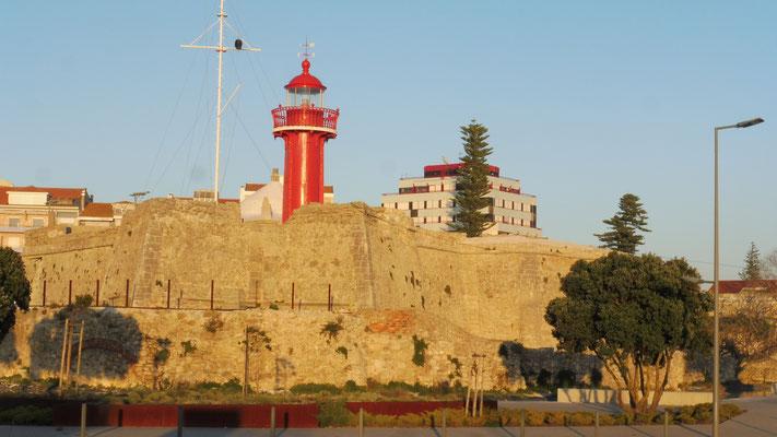 Abendstimmung: Nochmals die Festung von Figueira da Foz....