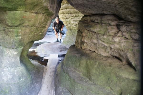 Der Sandstein bekommt durch die  Auswaschung ganz spezielle Formen