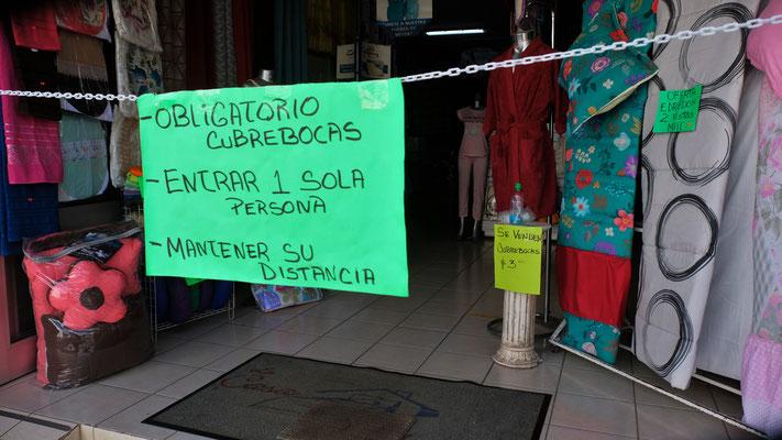 Die Corona Regeln sind auch in Altotonilo ganz streng.