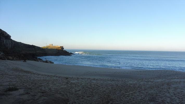 Blick aus meinem Schlafzimmerfenster in Praia de Lourenco