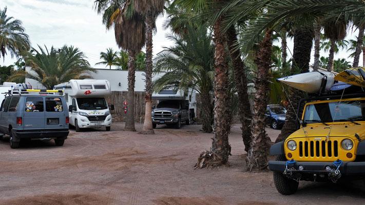 Ein bisschen wie Marokko, Campingplatz mitten in Loreto