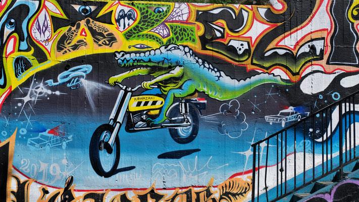Humorvolle Graffitis gibt es ebenfalls