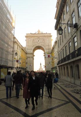 Tor zum Place de Comercio