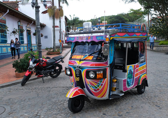 Die ersten Mototaxi die wir in Kolumbien sehen und was für schöne.