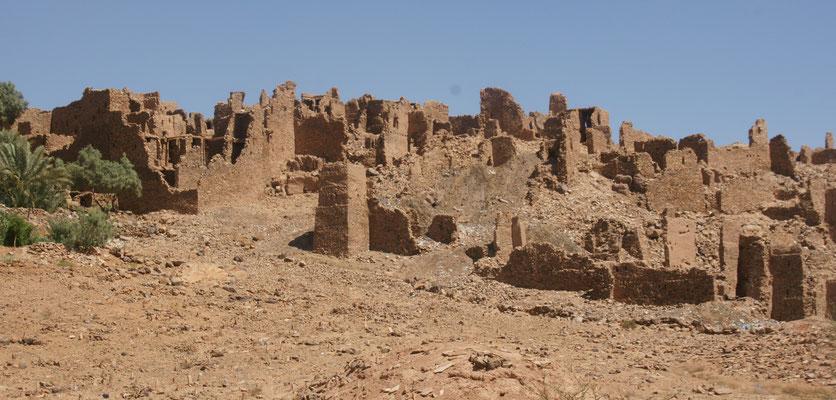 Der alte verlassene Ksar von Tharbalt