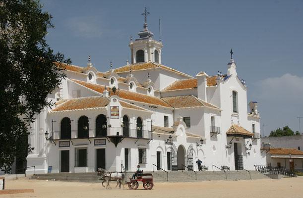 Die grosse Kirche im Zentrum von El Rocio
