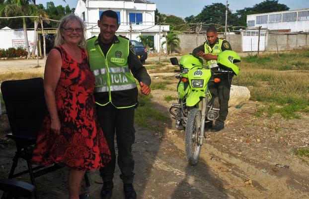Besuch von zwei Polizisten am Nachmittag
