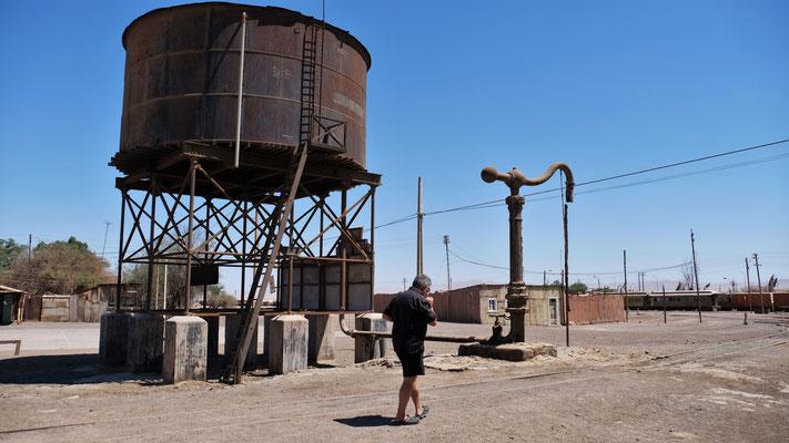 Auch die alte Wasserversorgung für die Dampfloks ist noch vorhanden