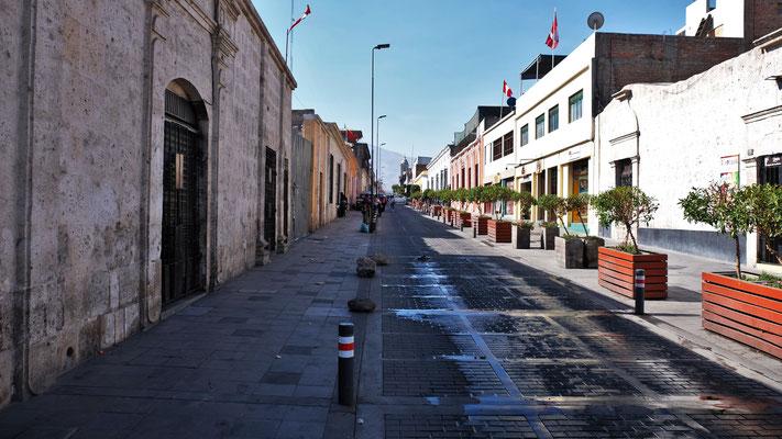 Wir sind im historischen Zentrum von Arequipa