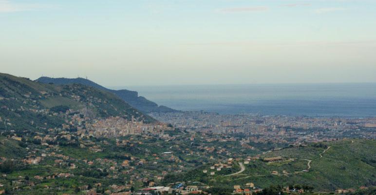 Blick runter auf Palermo