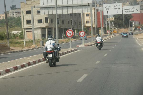 Sogar Töffpolizisten in Al Hoceima