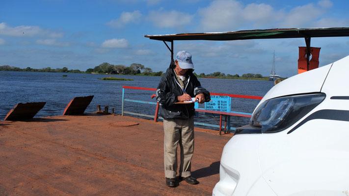... rüber über den Rio Paraguay