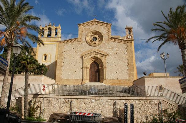 Die pompöse Kirche in Custonaci