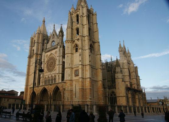 Die Kathedrale. Mit 5 Euro Eintritt nicht interessant für uns