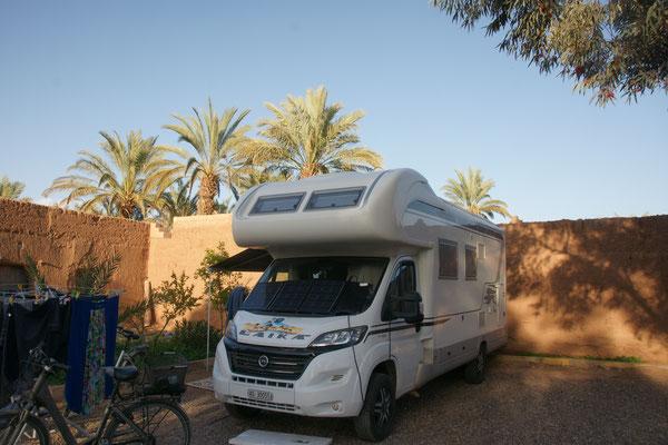 Unser neuer Platz auf dem Camping Les Jardins de Zagora
