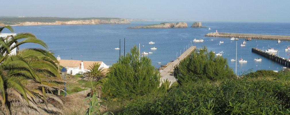 Blick vom Restaurant auf den Hafen von Sagres