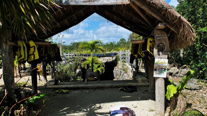 Der Eingang zur gemütlichen Cenote