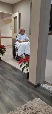 Hospital Espagnol Veracruz. Ich werde per Rollstuhl zur Untersuchung gerollt.