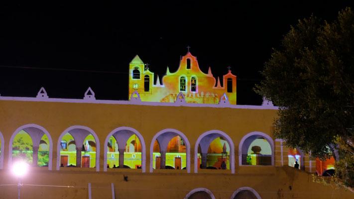 Das Kloster während der Lichtershow